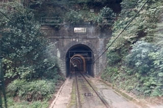 トンネルの向こう側の写真・画像素材[2630191]