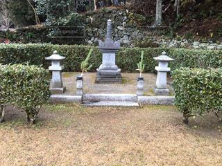 呪われたお墓の写真・画像素材[957606]