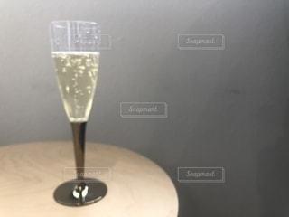 スパークリングワイン オシャレの写真・画像素材[2262398]