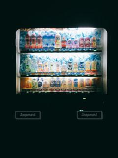 冬の自動販売機 - No.958755