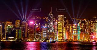 夜の街の景色の写真・画像素材[1052209]