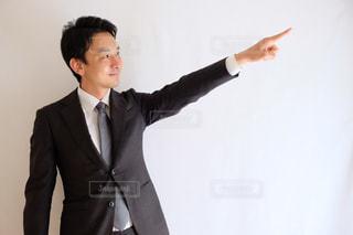 スーツとネクタイを着ている人の写真・画像素材[1212036]