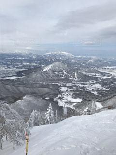 雪の覆われた山々 の景色 - No.960087