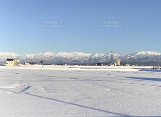 雪に覆われた山 - No.960984