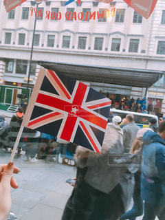 国旗と街並み - No.960353