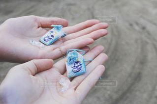 赤ちゃんの手の写真・画像素材[960388]