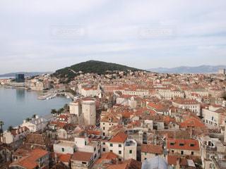 ヨーロッパの屋根の写真・画像素材[960549]