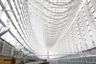 金属フェンスの建物の写真・画像素材[961293]