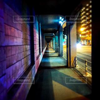 夜の歩道 - No.965117