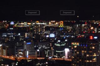 夜の街の景色の写真・画像素材[961927]