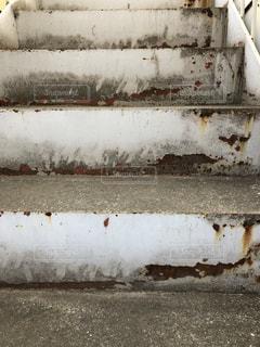古びた階段 - No.974423