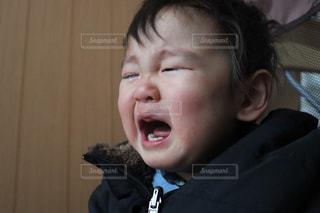我が子 号泣の写真・画像素材[962379]