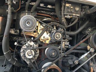 バスのエンジンルームの写真・画像素材[1172128]