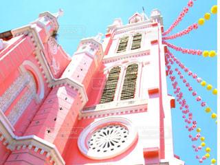 ピンクの教会の写真・画像素材[1401764]