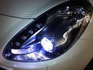 銀と黒の車の写真・画像素材[964564]