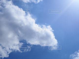 青空の雲の写真・画像素材[3222002]