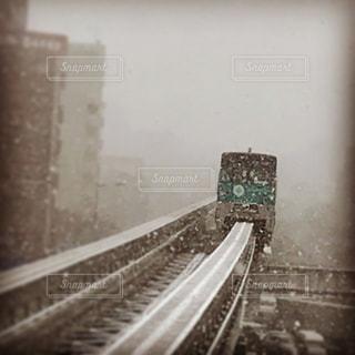 雪のモノレールの写真・画像素材[975450]