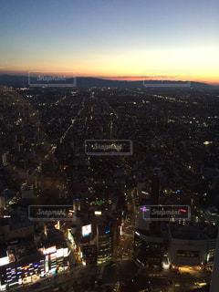 夜の街の景色 - No.967019