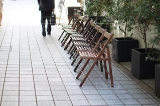 レストラン前の歩道の写真・画像素材[967771]