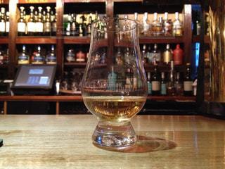 ウイスキーをストレートで@アイラ - No.967687