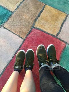 地面に靴のグループ - No.967545