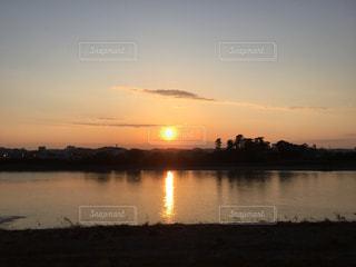 多摩川 登戸の夕陽の写真・画像素材[968126]
