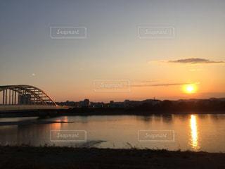 多摩川の夕陽の写真・画像素材[968127]