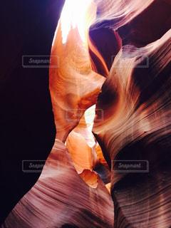 アメリカアリゾナ州ローワーアンテロープキャニオンの写真・画像素材[1097649]