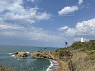 岬の灯台の写真・画像素材[4716988]