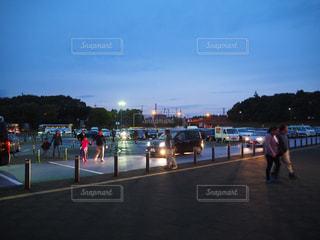 夜のサービスエリアの写真・画像素材[969065]