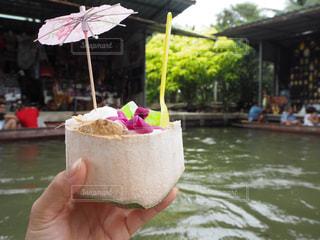 ココナッツアイスと水上マーケットの写真・画像素材[969460]