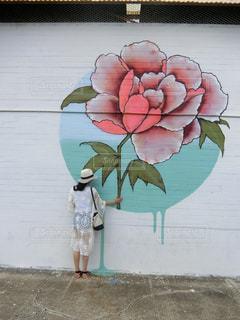 一本の薔薇の写真・画像素材[970775]