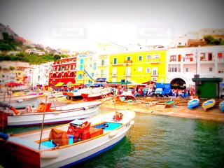 カプリ島の港の写真・画像素材[1036958]