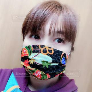 手作りのちりめんのマスクの写真・画像素材[3136153]