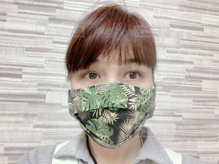 ハワイアン柄の手ぬぐいの3D立体マスクの写真・画像素材[3409348]