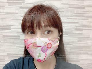 可愛らしいピンクの和風マスクの写真・画像素材[3478448]