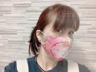 ピンクのちりめんハンドメイドマスクの写真・画像素材[3478466]