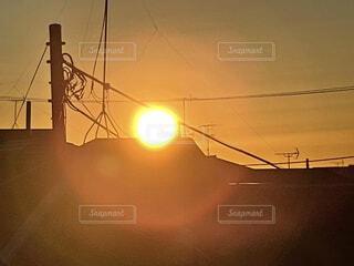 ベランダからの初日の出の写真・画像素材[4019176]