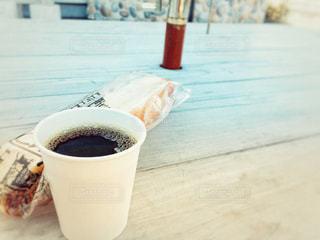 コーヒーとパンの写真・画像素材[1074228]