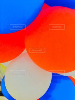 鮮やかな風船の写真・画像素材[1183313]