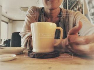 カフェで自撮り - No.1237454