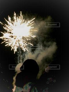 花火と浴衣の写真・画像素材[1361598]
