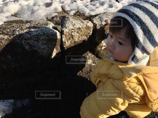 ゆうきボーイ初めての雪の写真・画像素材[972916]