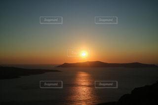 世界一綺麗な夕日inサントリーニ島の写真・画像素材[1477659]