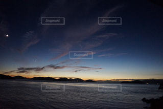 瀬戸内海の夕日の写真・画像素材[971414]