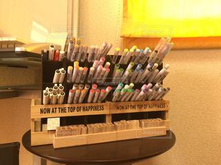 百均で揃えたペン収納の写真・画像素材[1040927]
