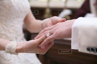 指輪の交換の写真・画像素材[2339926]
