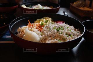 しらす丼の写真・画像素材[1164012]