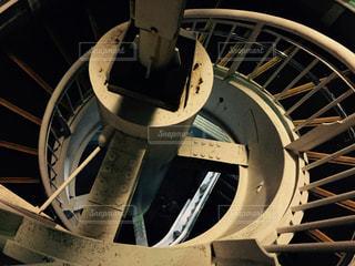 歩道橋の螺旋階段の写真・画像素材[973236]