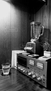 ブラック コーヒー テーブルの写真・画像素材[974121]